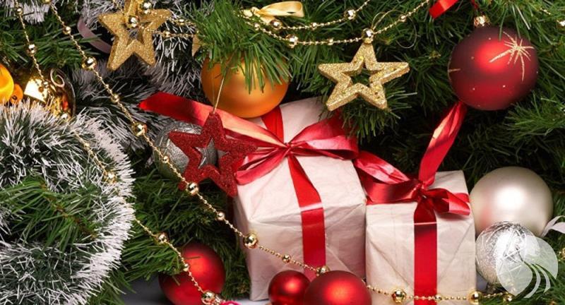 信息2-俄罗斯人想给谁最昂贵的新年礼物.jpg