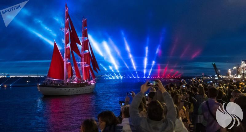 """信息4-圣彼得堡""""红帆节""""被评为世界最佳节日.jpg"""