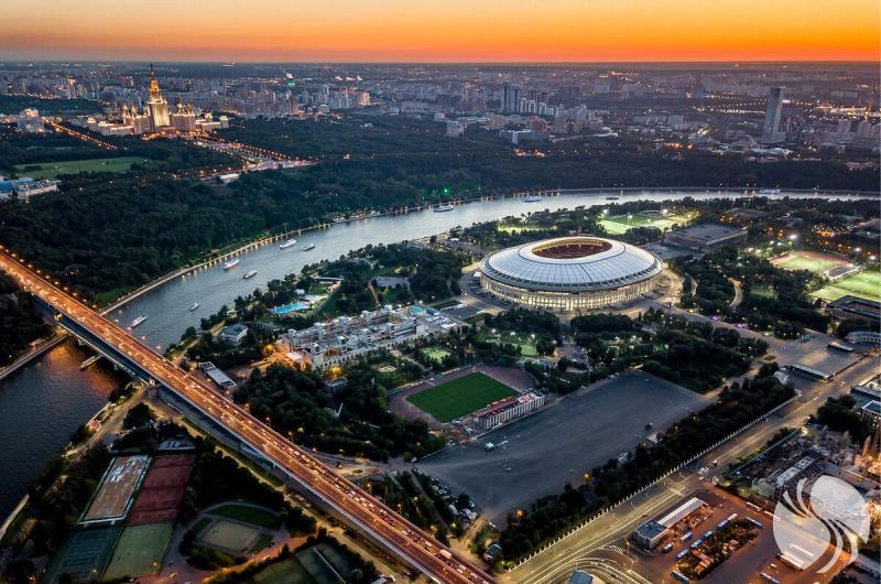 卢日尼基体育场2.jpg